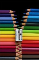 _crayon_ by macro-art