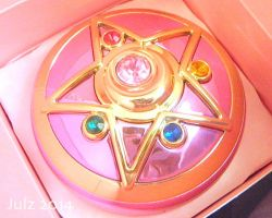 Miracle Romance Crystal Compact by milky-tales