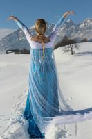 Elsa Cosplay: Let the Storm Rage On by GlowingSnow