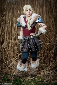 Astrid Hofferson-Httyd2 by Call-Loonight