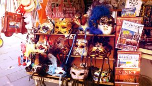 Masques Venitiens by Mayiaaa