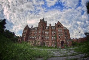 Hudson River Psychiatric Hospital by pewter2k