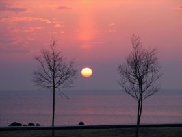 Sunrise over Lake Superior by Nipntuck3