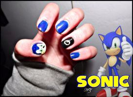 Sonic the Hedgehog Nail Art by NathyZim