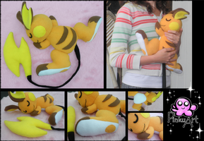 Cuddling Raichu plush by PinkuArt