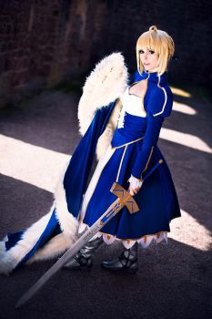 Fate/Stay Night - Saber by Calssara