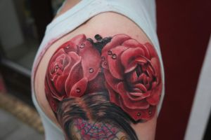 rose tattoo by graynd