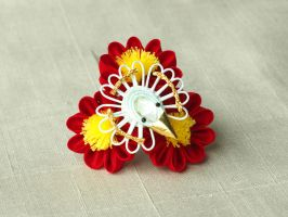 Mini maiko January kanzashi by elblack