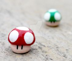 Clay Mario Mushroom Figures by littlemissysg