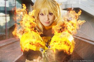 Fire power. Yang Xiao Long, RWBY cosplay. by Giuzzys
