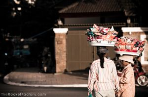 Carrying goods by frankrizzo