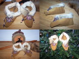 Coyote Moccasins girls size 2 by Draikairion