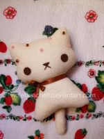 White choco kitty plushie by VioletLunchell