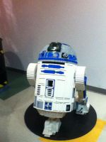 Lego R2-D2 Statue by SuperYoshiCookie