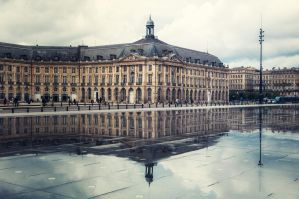 Bordeaux by floppyrom