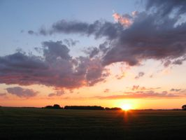 North Dakota Sunset by idolminds