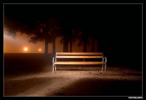 Lonely bench by ivekvatrozic