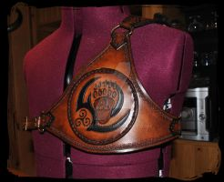 customised leather back scabbard by Lagueuse
