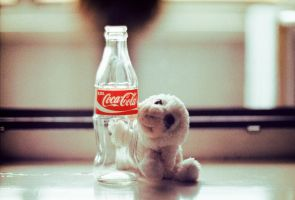 Everybody Loves CocaCola by takaiyo