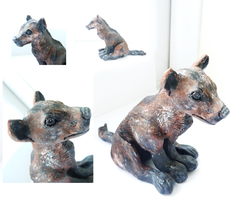 Cave hyena sculpture by ghostwolfen