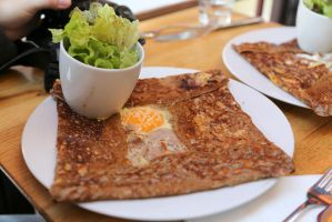 Galette with egg and ham by patchow