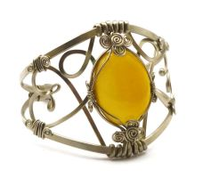 Wire Wrap Bracelet with Yellow Onyx stone by hyppiechic