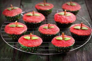 Apple oatmeal muffins by kupenska