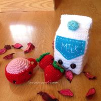 Strawberry Milkshake Amigurumi by GehadMekki