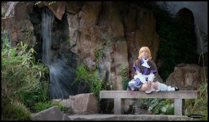 Parsee sitting by nuramoon