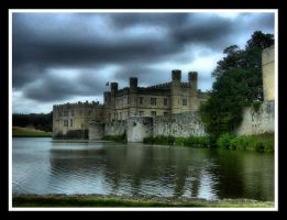 HDR Leeds Castle by bumpyduey