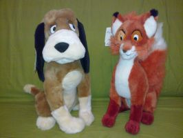 Adult Fox and Hound plush by Frieda15