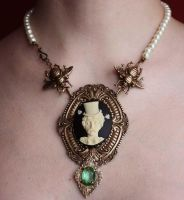 Edgar Poe pearl necklace by Pinkabsinthe