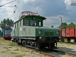 Old electric locos in Budapest by morpheus880223