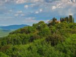 House on the hill by seianti