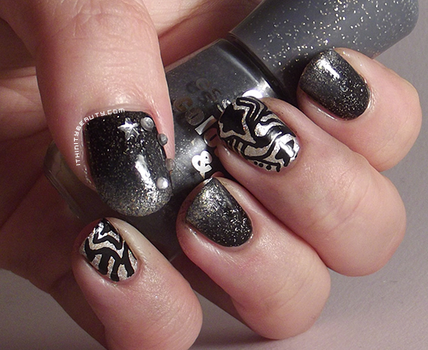 Freehand Abstract and black/silver gradient by Ithfifi