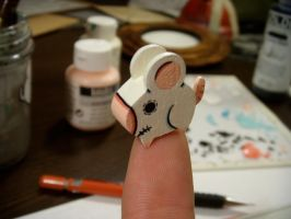 finger tip rat by matt136