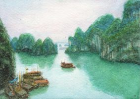 Halong Bay by juliatu