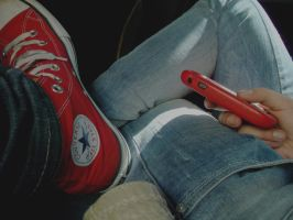 Boredom on the bus. by LauVC