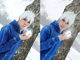 Wanna have a snowball fight? - ROTG by NipahCos