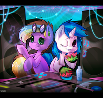 Commission - Vinyl and Nixie by zombie