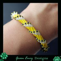 spiral chain stitch with a fringe twist by green-envy-designs