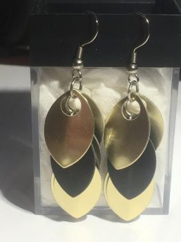Hufflepuff-Inspired Scalemail Earrings by A-Passionate-Flame