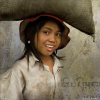 Burma Worker by mjbeng