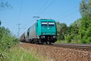 185 609-5 'LTE' with freight train near Gyor by morpheus880223