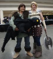 Hiccup and Astrid Otakon 2010 by hydf4