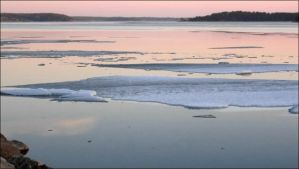 Spring Shot In Arcipelago When The Ice Melting by eskile