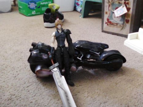 Cloud Strife and his motorcycle. by Rosekun25