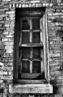 Lonely window BnW by aRt2faKt