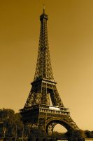 Eiffel Tower by Dodephine