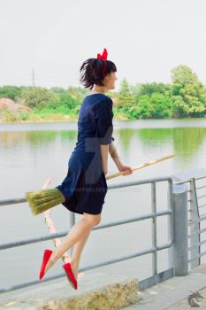 Lift Off (Kiki's Delivery Service) by woot859